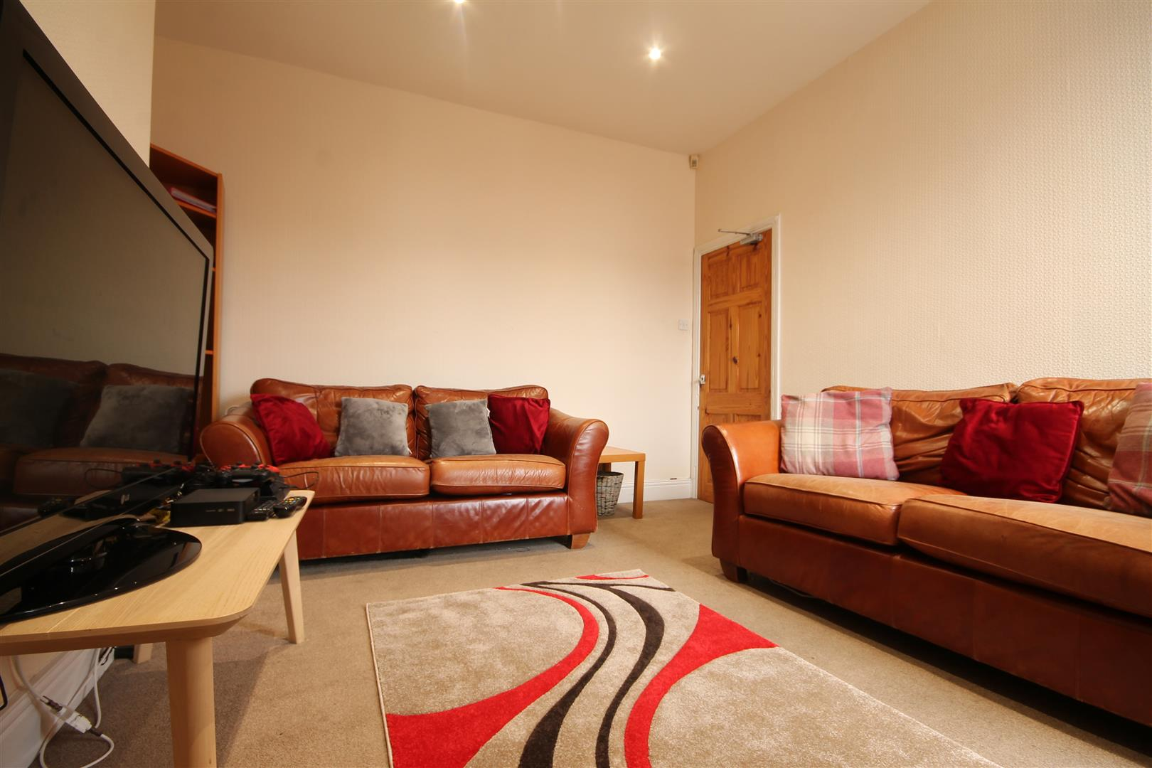 Hazelwood Avenue Newcastle Upon Tyne, 3 Bedrooms  Flat ,For Sale